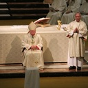 Mass of Chrism/Thanksgiving for Archbishop O'Brien's ministry (Paul Hibbard) photo album thumbnail 19